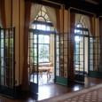 ベーリック・ホール 室内からサンルーム